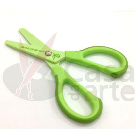 Tesoura-para-Viagem-EK-Success----Travel-Scissors-–-Verde--EKPLK003