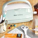 maquina-cuttlebug-cricut-provo-craft-com-faca-e-placa-de-emboss-e-pads-2003782-mint-8