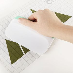 Cricut-Tools-XL-Scraper-2003388--2-