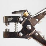 Alicate-Aplicador-de-Ilhos-2-em-1-Westpress-6mm-de-Diametro---17604-4