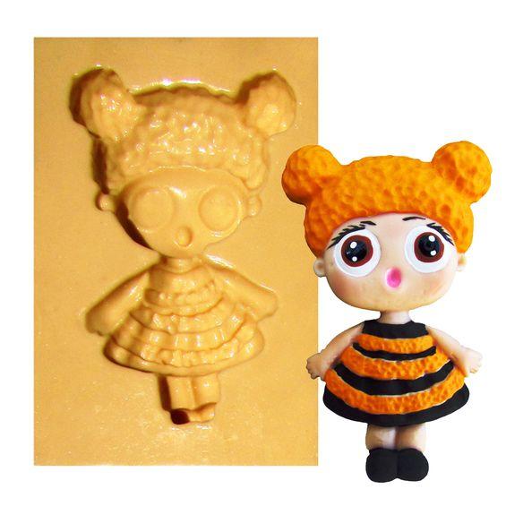 1404---Boneca-LOL-Queen-Bee---C