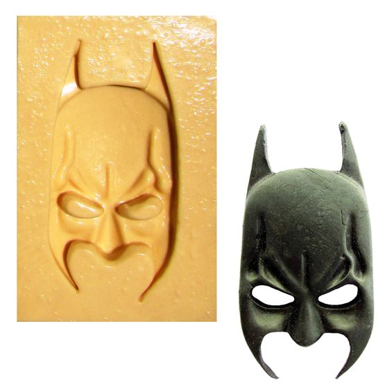 1368---Mascara-do-Batman---C