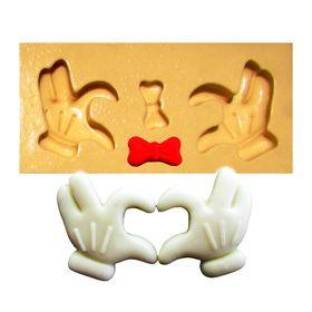 1362---Maos-do-Mickey-coracao