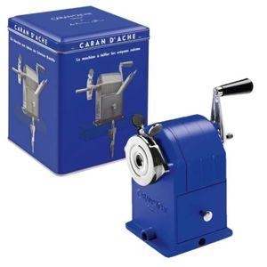 Apontador-de-mesa-carandache-Klein_blue-455648_